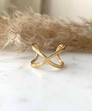 Open infinity ring