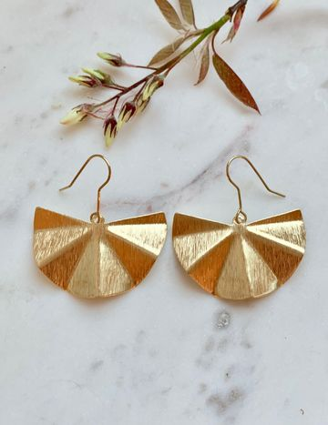 Sun fan earrings