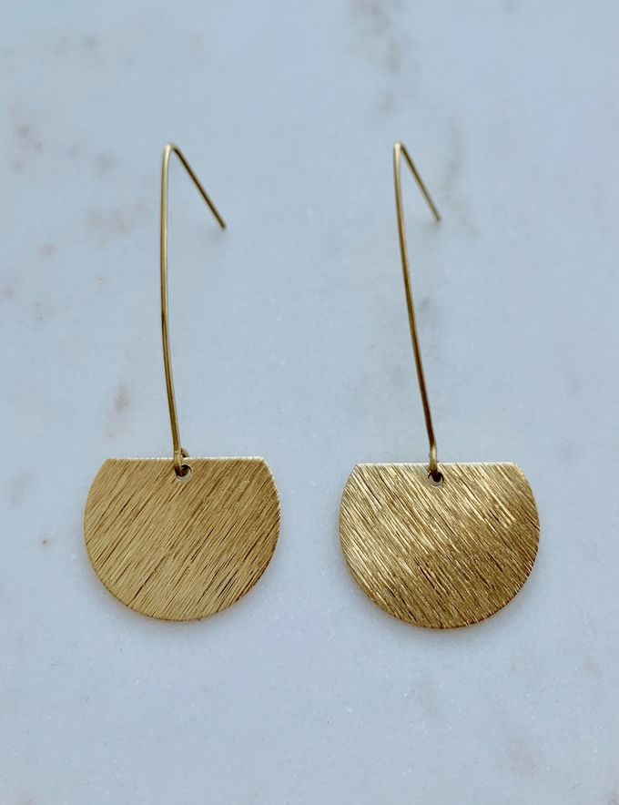 Cut circle earring